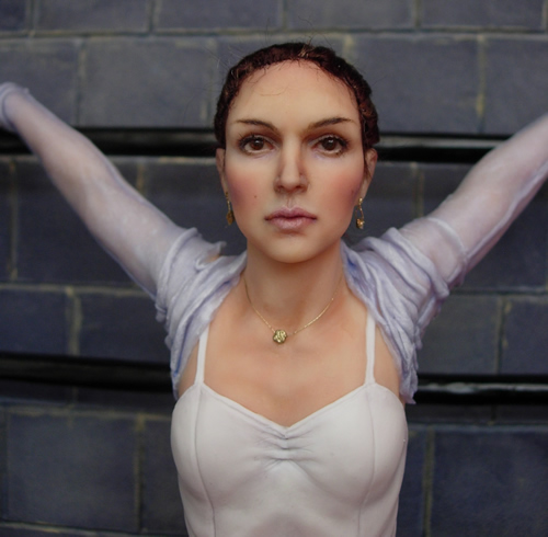 Nina Black Swan Image 25